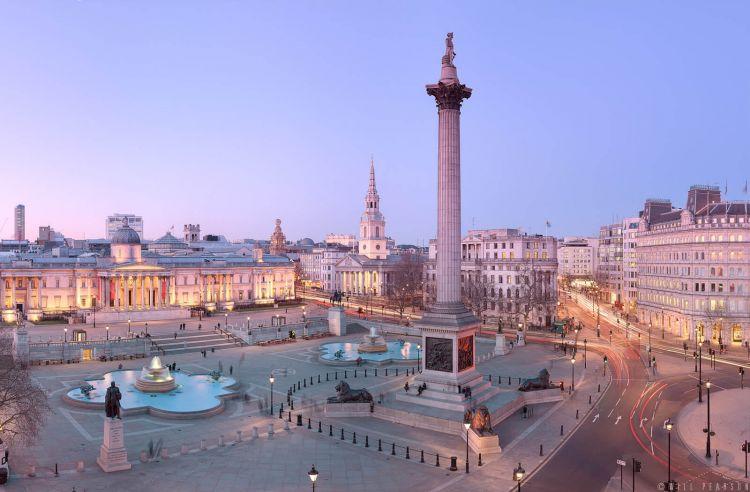 tempat wisata di inggris Trafalgar Square