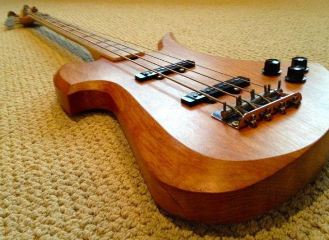 manfaat kayu jati untuk gitar