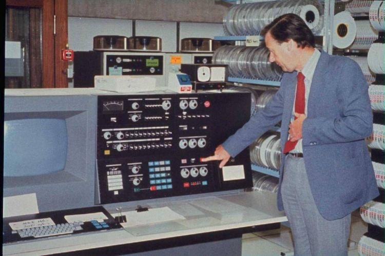 komputer genersi ketiga Ibm370