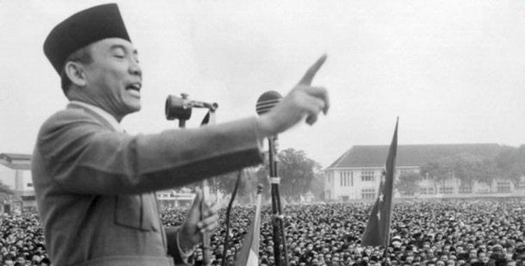 gambar soekarno sejarah kemerdekaan indonesia