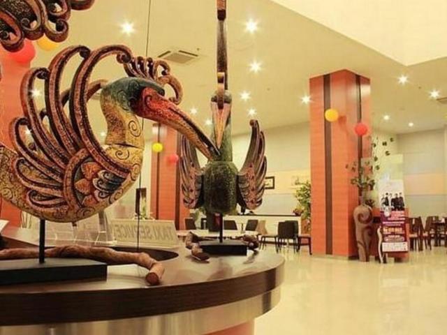 Wisata SoloMuseum Batik Danar Hadi