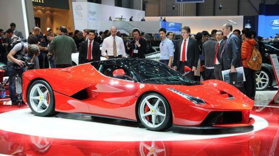 8 Mobil Balap / Mobil Super dari Pabrikan Ferrari yang Keren Abis