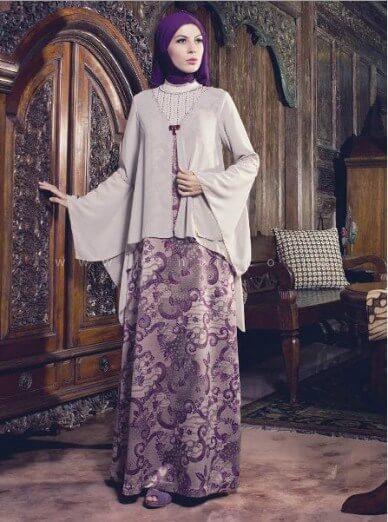 Gamis-Batik-Kombinasi-Brokat