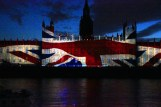 Houses of Parliament lights up (9)