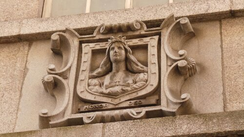The Mercers Maiden is the symbol of the guild and can be seen in many places around the city.  This one is on Ironmonger Lane