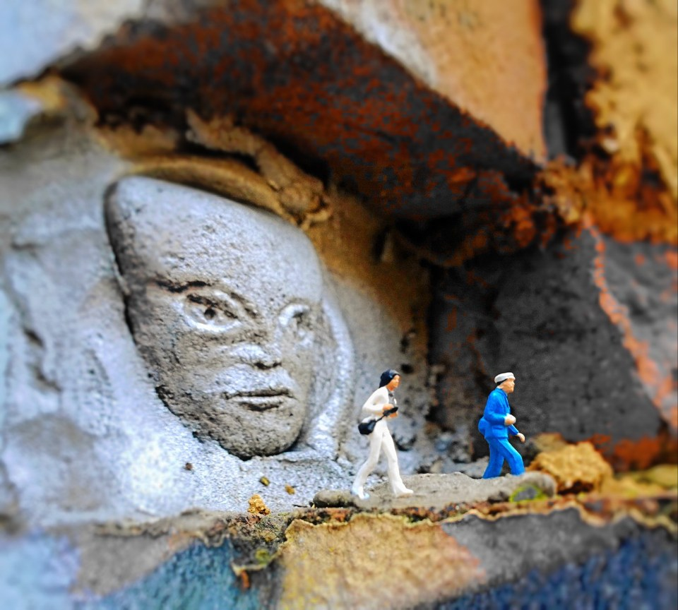 Just for a bit of fun to finish off this little gallery, these Jonesy heads can be found on Brick Lane in a little car park