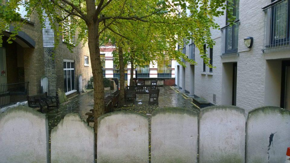 The old Christchurch Greyfriars churchyard