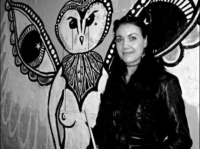Wolfmutha has a penchant for owls and that's exactly what she painted