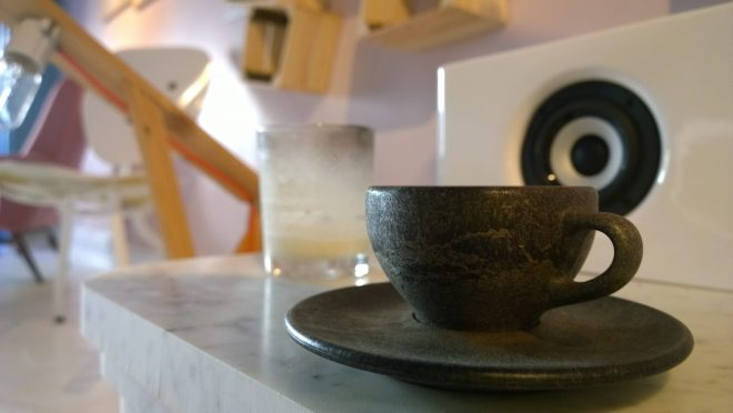 A coffee cup made from recycled coffee granules