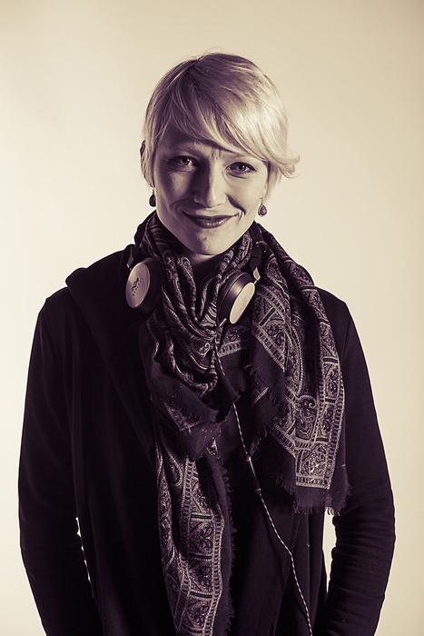 Portrait of Norwegian street artist Zina