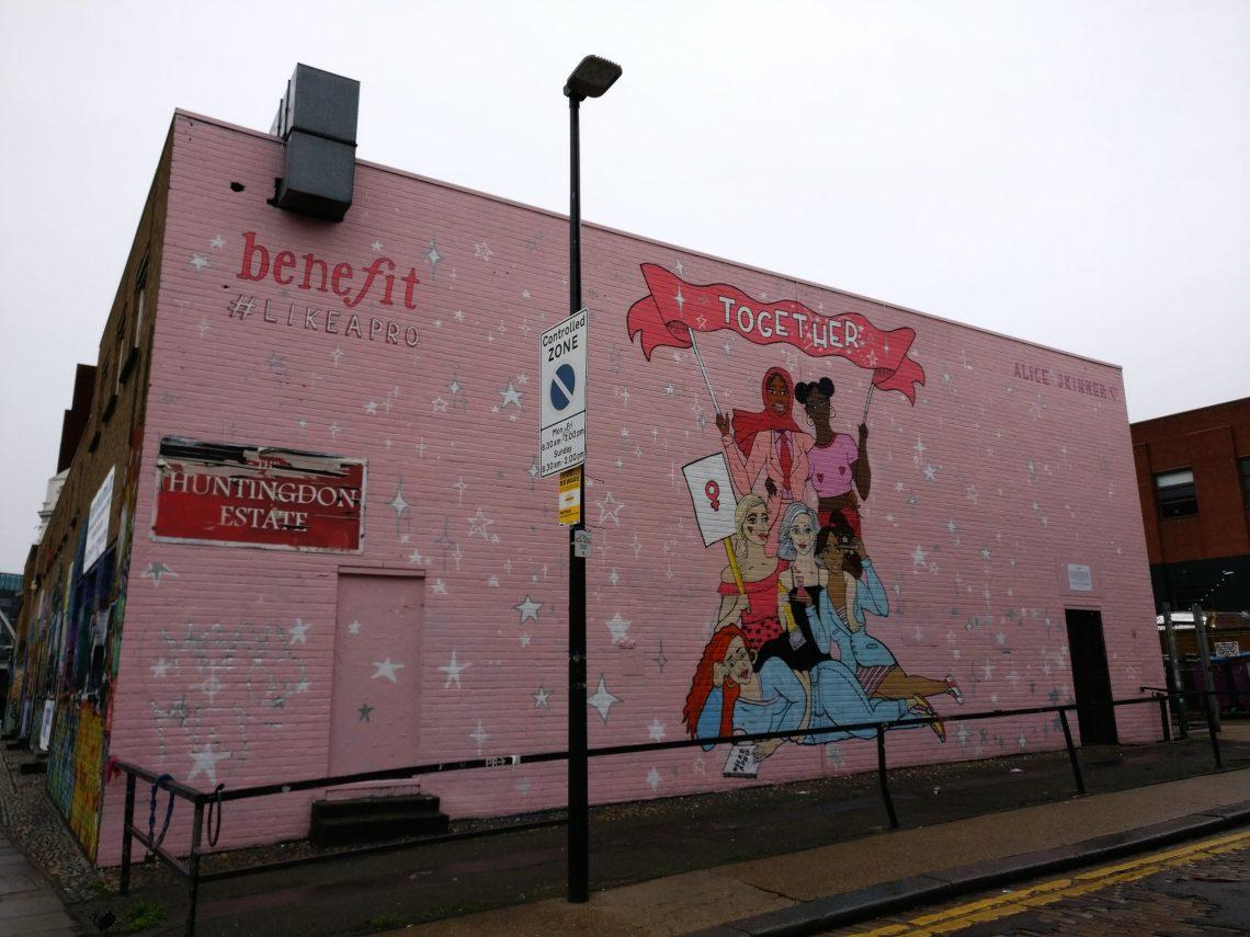 alice skinner mural in london