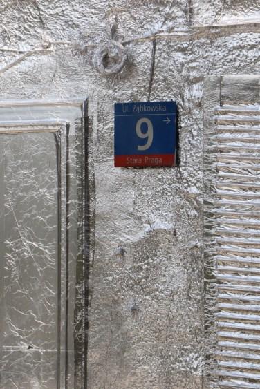 The installation can be found at Ząbkowska 9