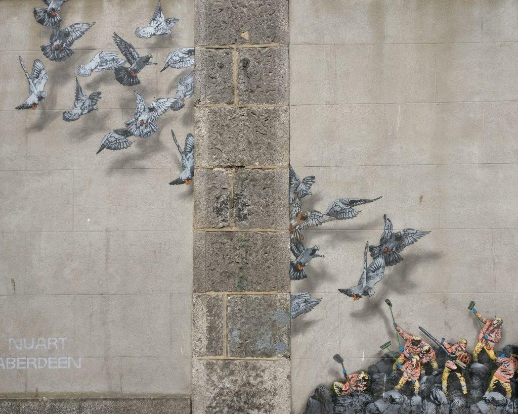 Jaune street art in Aberdeen