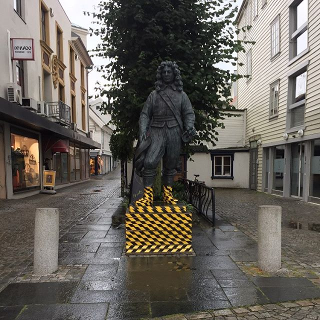 A statue in Stavanger covered in tape by Edwin