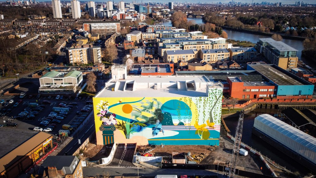 Aerial view of the mural in Brentford by Hixxy
