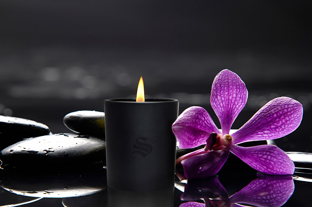 inspiring kitchen sitota candle purple flower
