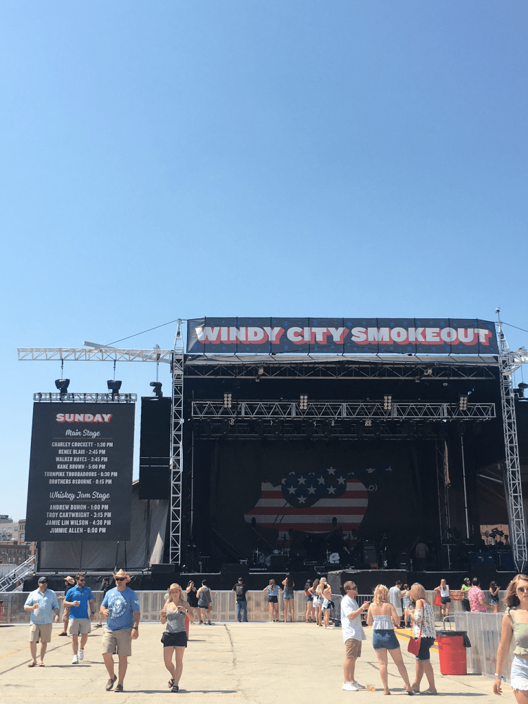 Beer, BBQ and Country Music at Windy City Smokeout