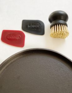 tools to clean cast iron pans
