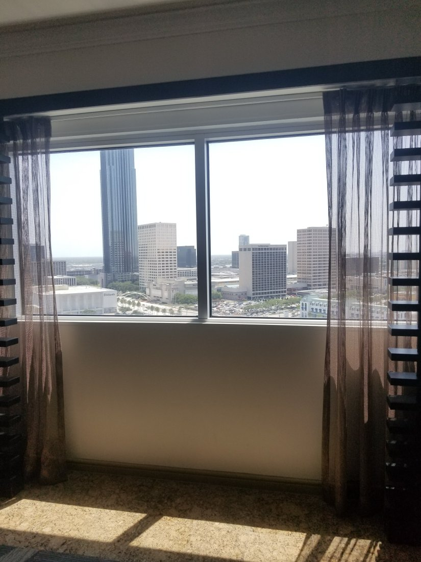 Create A Date Getaway In Uptown Houston: Featuring Royal Sonesta Houston
