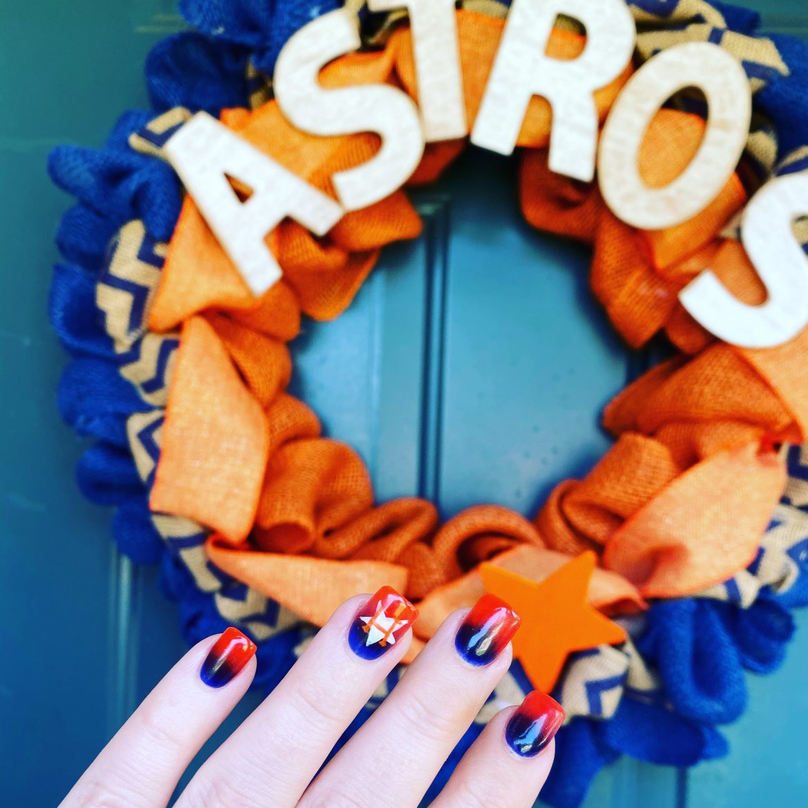Houston Astros Nail Design