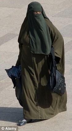 australian burqa thief m1tkl 16105