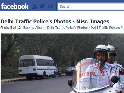delhi traffic police on facebook Ux6R2 18163