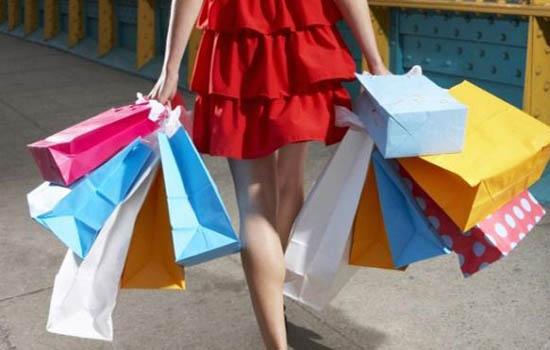 Shopaholic Girlfriend
