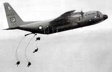 ssg commandos parachute drop X4uIc 16298