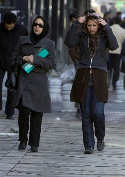 women muslim 2 WquvN 50