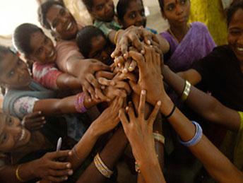 women in india e8453 23627