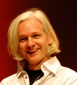 Julian_Assange_26C3
