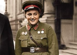 00-lieutenant-lyudmila-pavlichenko