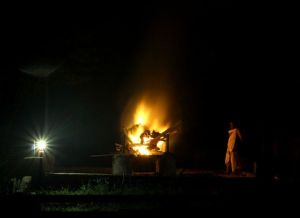 A_Hindu_Cremation_in_India