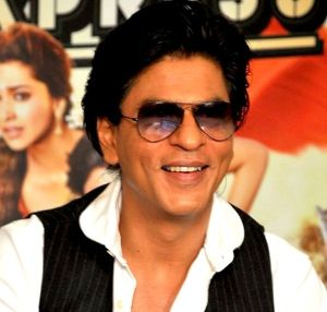 SRK_at_CE_promotion