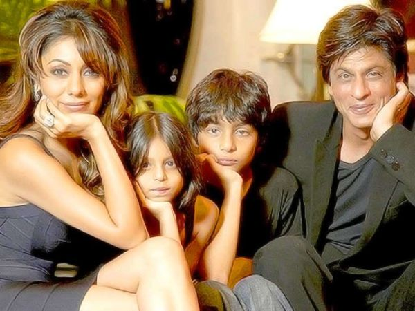 Shah Rukh Khan with his family