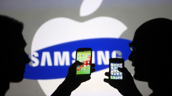Apple and Samsung smartphone features