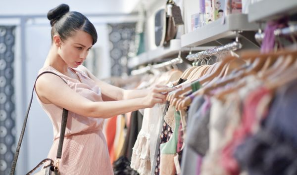 Shopaholic women_1
