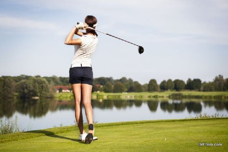 buying golf wedges