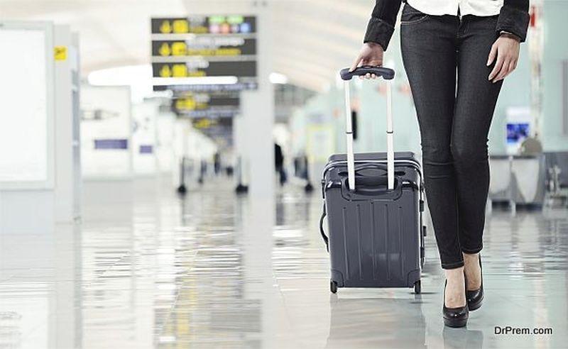 lady-at-airport