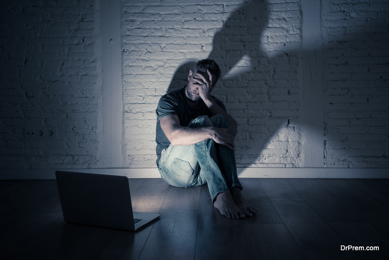 Heavy users of social media also become vulnerable to depression