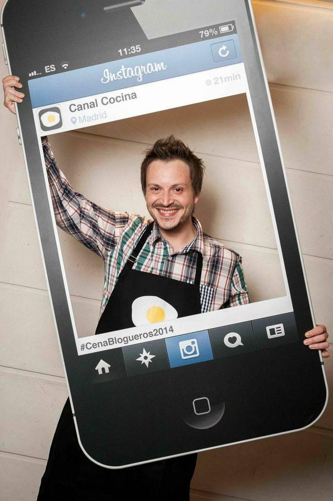 Manu de Cocinando con Catman es @ManuCatman en Instagram