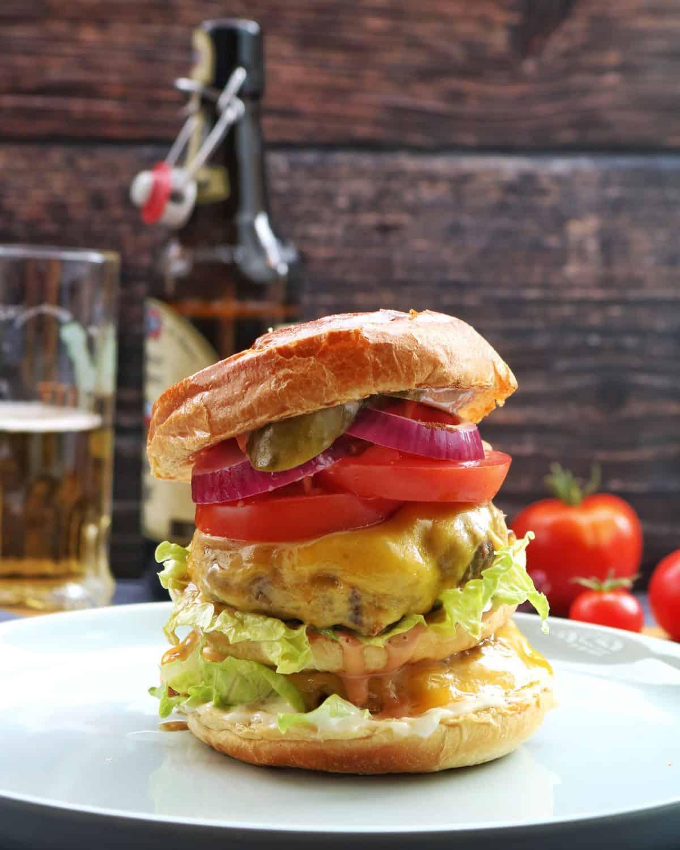 Double Cheese Burger – Einfach und lecker
