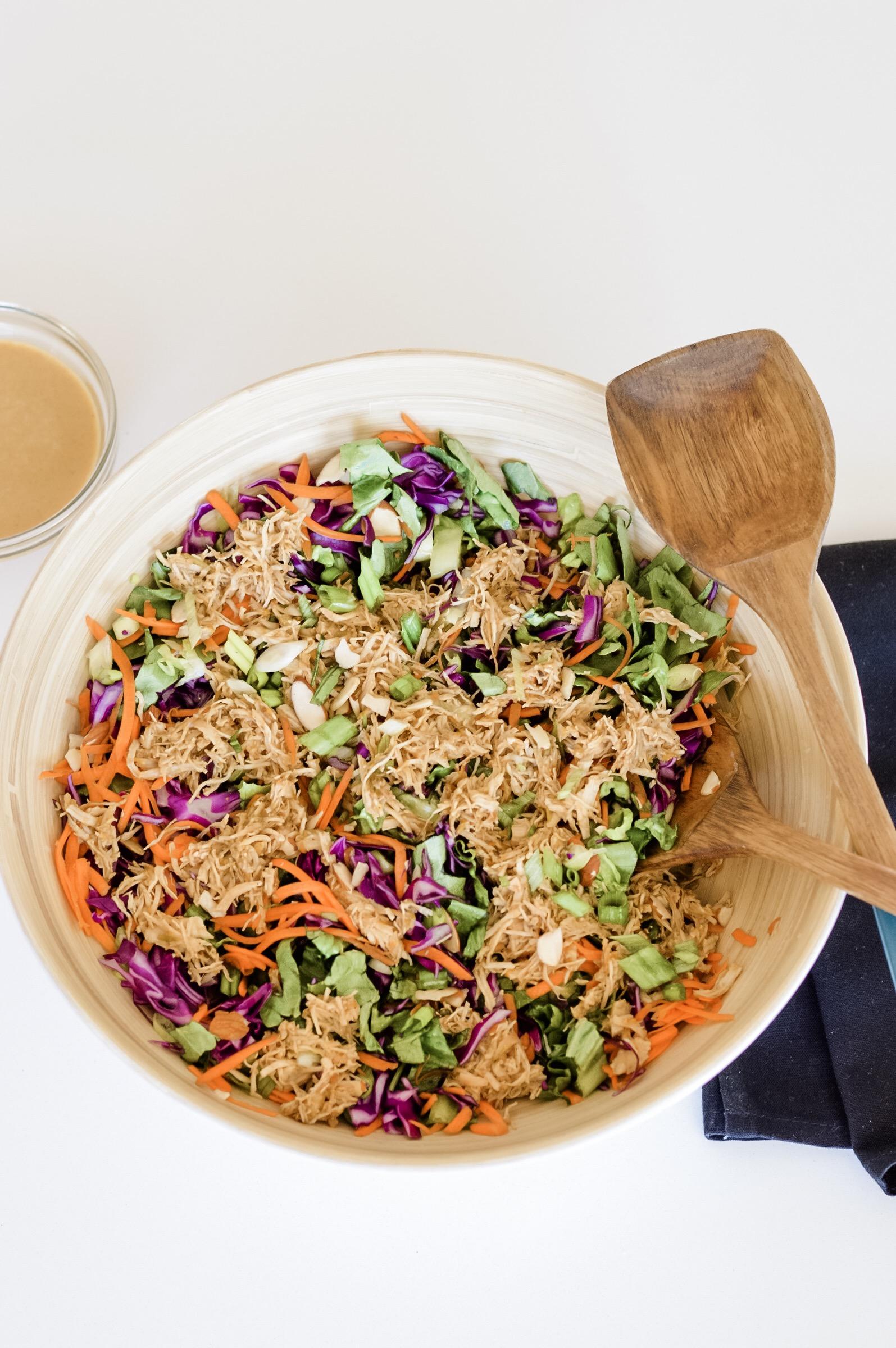 Instant Pot Asian Chicken Salad isntantloss.com