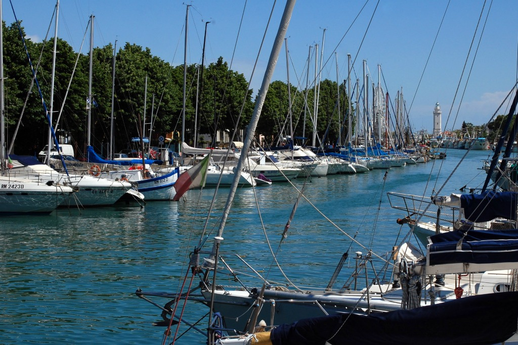 A relaxing holiday in Rimini, Porto Canale