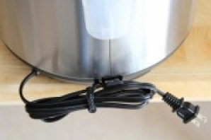Using Instant Pot IP-DUO cord rack