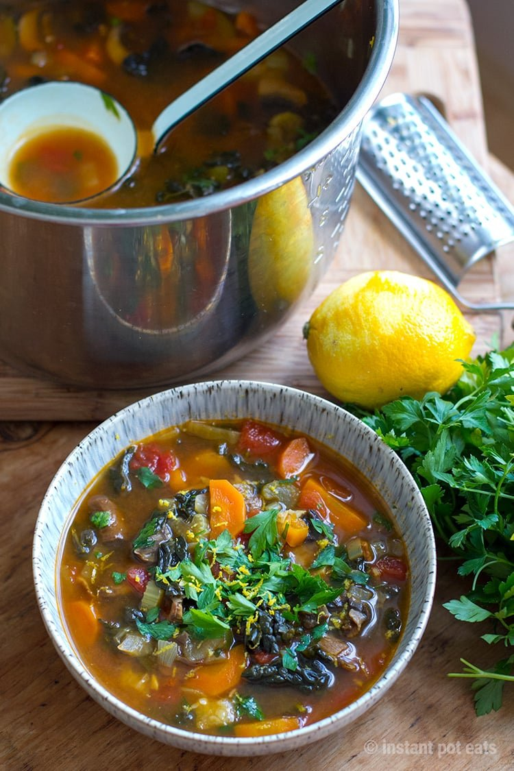 Quick and easy healthy Italian farmhouse vegetable soup for your Instant Pot (vegan, paleo, gluten-free)