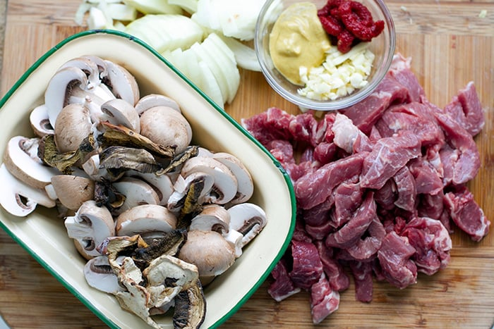 Pressure Cooker Beef Stroganoff Ingredients