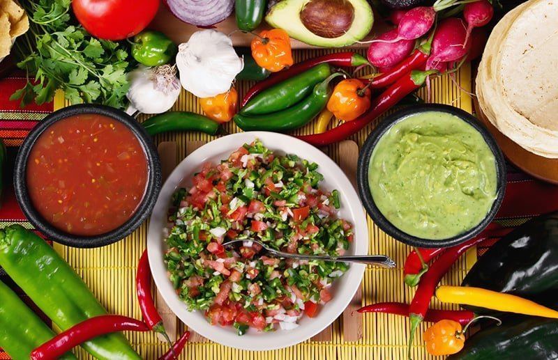 Chicken tacos toppings and salsas