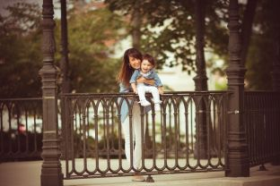 Instant Sublime photographe bébés, nouveaux nés, nourrissons, enfants, femmes enceintes et grossesse à Villecresnes dans le Val de Marne (94) et dans les alentours : Evry, Créteil, Quincy sous Sénart, Corbeil Essonnes, Vitry, Saint Maur...