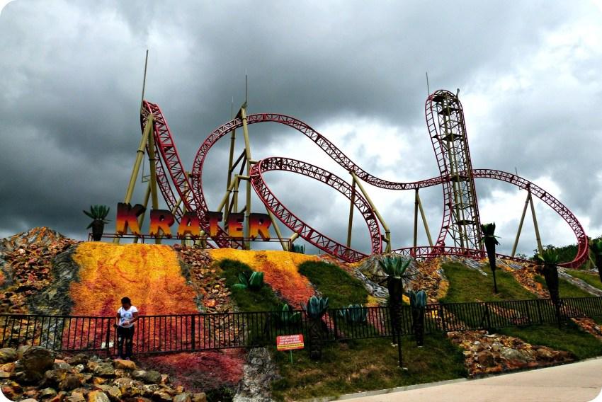 L'attraction Kráter au Parque del Café